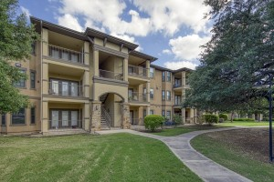 Two Bedroom Apartments in San Antonio, TX - Exterior Building (3)