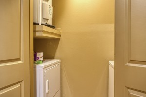 2 Bedroom Apartments For Rent in San Antonio, TX - Model Laundry Room